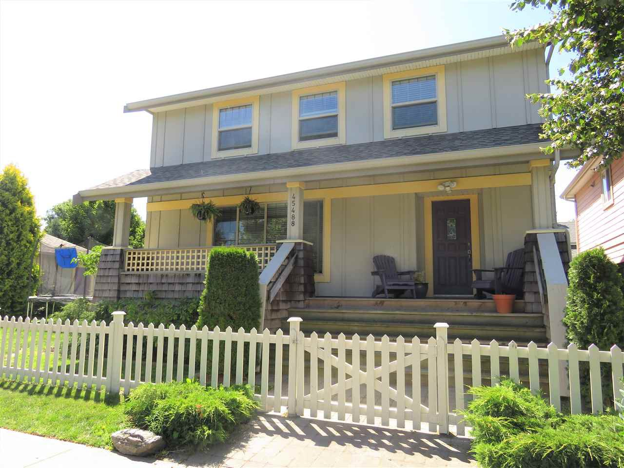 "Main Photo: 45488 WATSON Road in Sardis: Vedder S Watson-Promontory House for sale in ""Garrison Crossing"" : MLS®# R2423002"