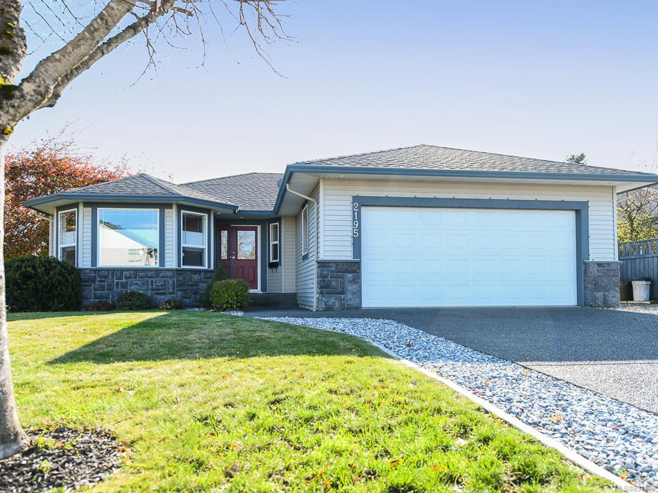 Main Photo: 2195 Hawk Dr in COURTENAY: CV Courtenay East House for sale (Comox Valley)  : MLS®# 831486