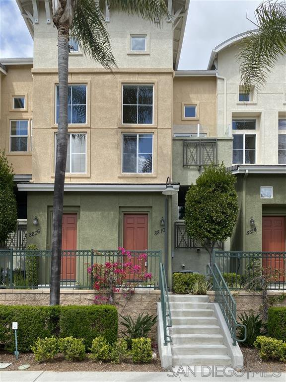 Main Photo: KEARNY MESA Townhome for sale : 3 bedrooms : 8810 Spectrum Center Blvd in San Diego