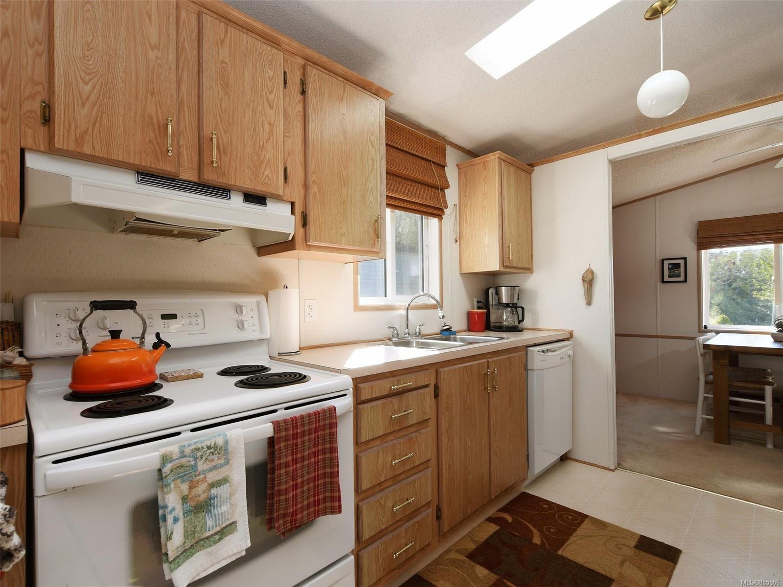 Photo 10: Photos: 28 7021 W Grant Rd in : Sk John Muir Manufactured Home for sale (Sooke)  : MLS®# 855566