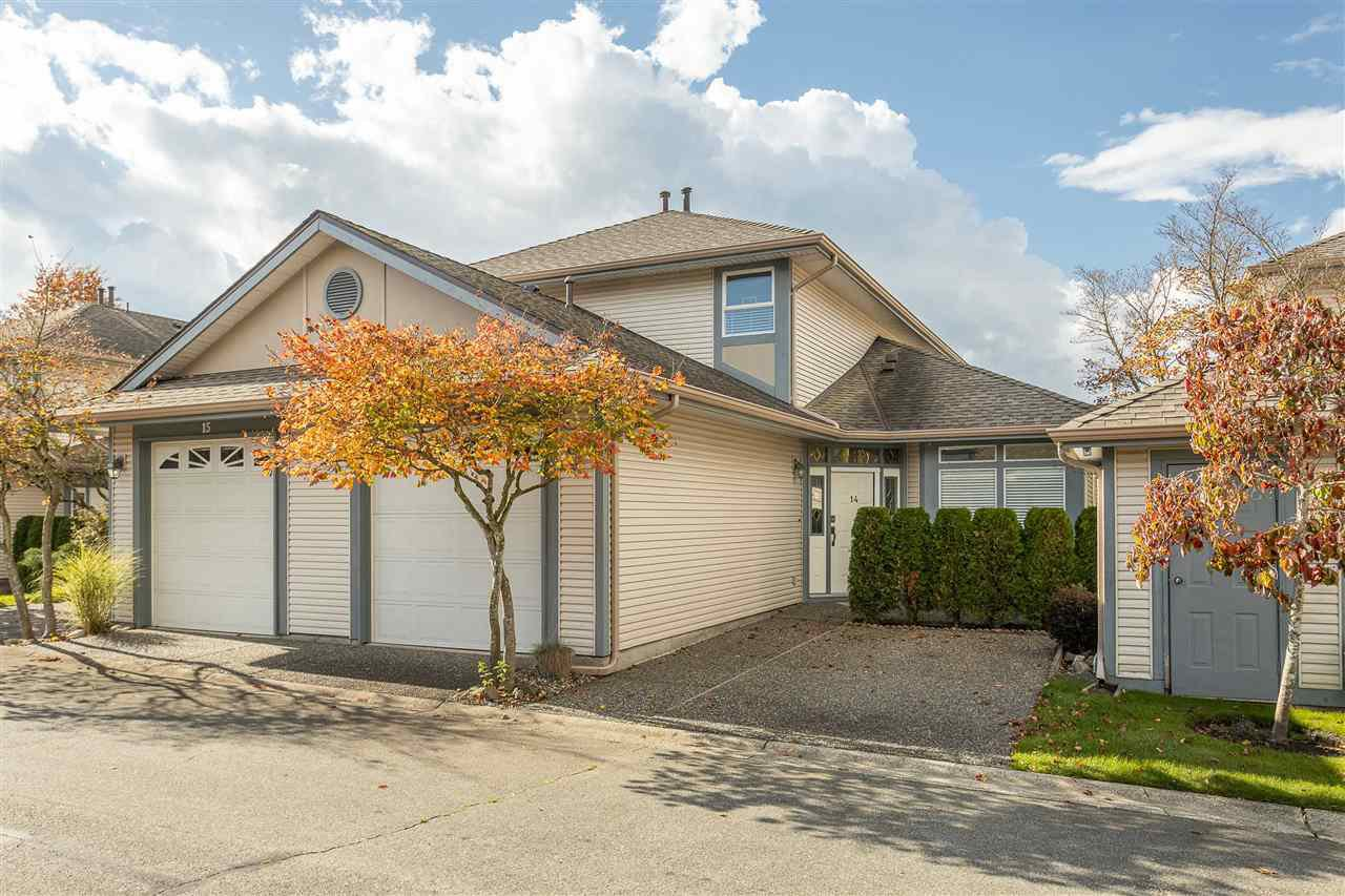 """Main Photo: 14 4725 221 Street in Langley: Murrayville Townhouse for sale in """"Summerhill Gate"""" : MLS®# R2511152"""