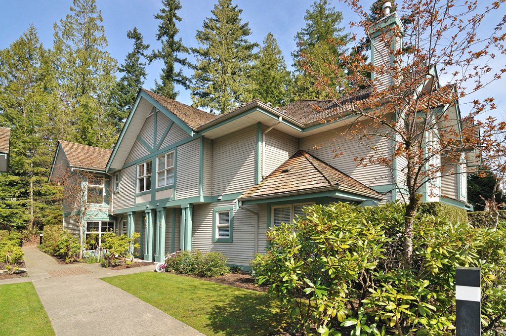 """Main Photo: 59 65 FOXWOOD Drive in Port Moody: Heritage Mountain Townhouse for sale in """"FOREST HILL"""" : MLS®# V936261"""