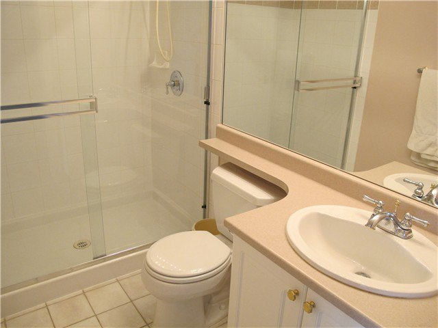 Photo 8: Photos: 603 612 6TH Street in New Westminster: Uptown NW Condo for sale : MLS®# V941736