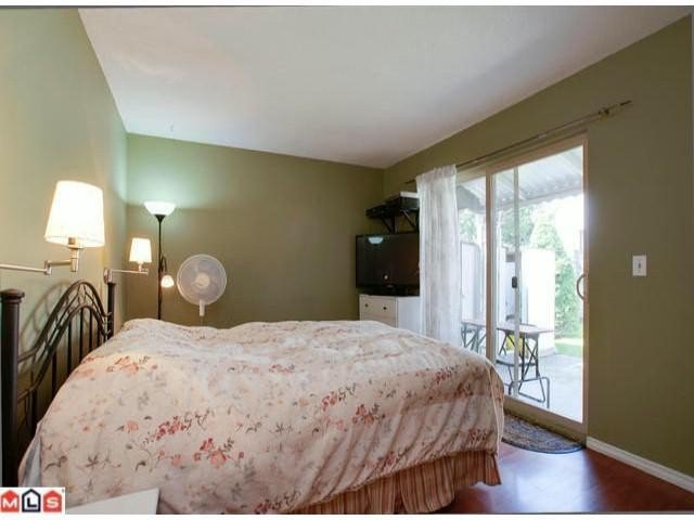 """Photo 7: Photos: 5105 203RD Street in Langley: Langley City Townhouse for sale in """"Longlea Estates"""" : MLS®# F1217258"""