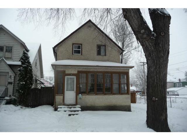 Main Photo: 130 Hallet Street in WINNIPEG: North End Residential for sale (North West Winnipeg)  : MLS®# 1224325