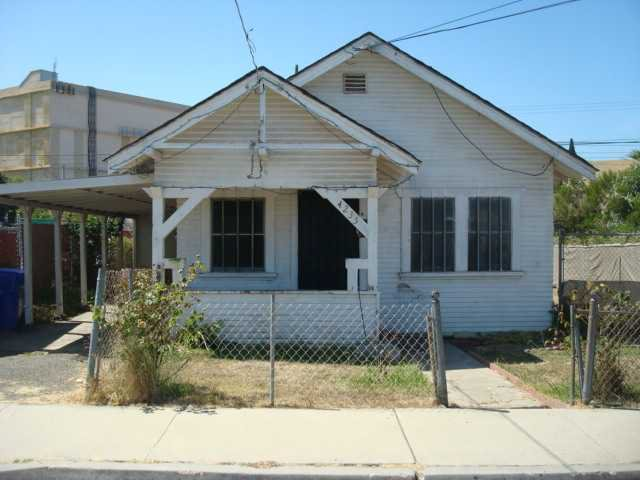 Main Photo: SAN DIEGO House for sale : 2 bedrooms : 4235 J Street