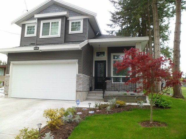 Main Photo: 9942 127A ST in Surrey: Cedar Hills House for sale (North Surrey)  : MLS®# F1411112