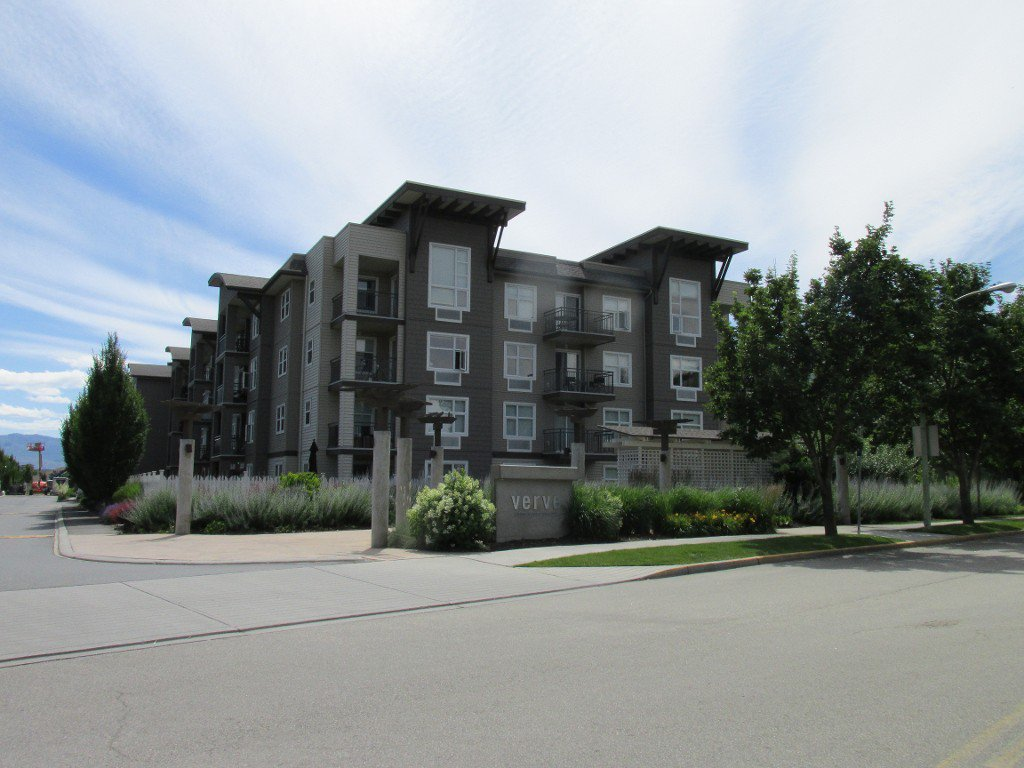 Photo 1: Photos: #410 533 Yates Road in Kelowna: North Glenmore Condo for sale : MLS®# 10114546