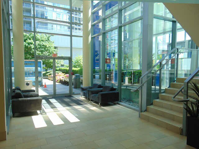 Photo 8: Photos: 111 W Georgia Street in Vancouver: Vancouver West Condo for rent (Downtown Vancouver)
