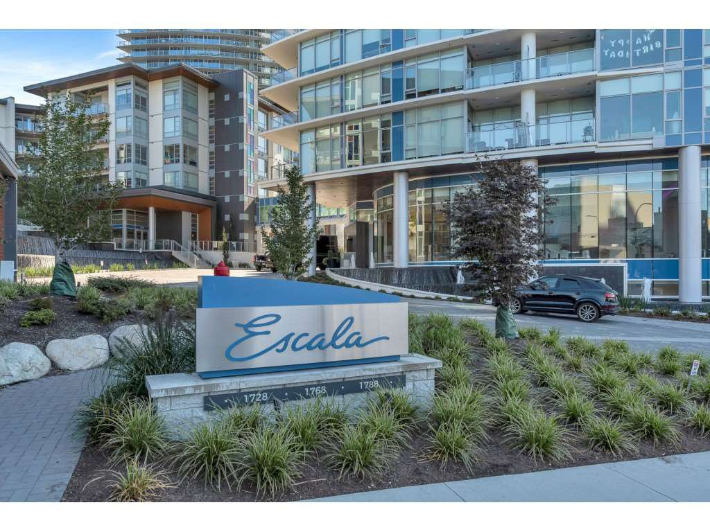 Main Photo: 4101 1788 GILMORE Avenue in Burnaby: Brentwood Park Condo for sale (Burnaby North)  : MLS®# R2497335