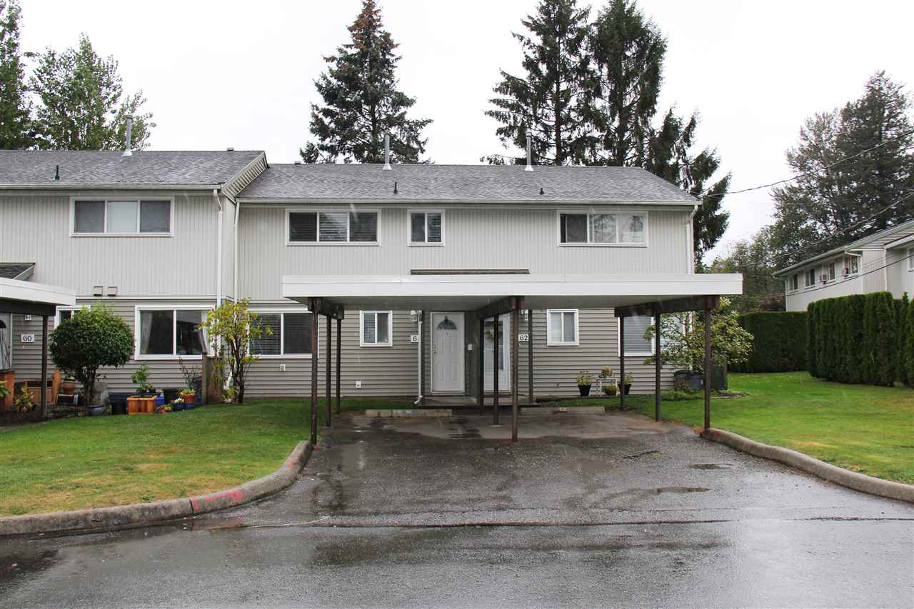 """Main Photo: 61 45185 WOLFE Road in Chilliwack: Chilliwack W Young-Well Townhouse for sale in """"Townsend Gables"""" : MLS®# R2502166"""