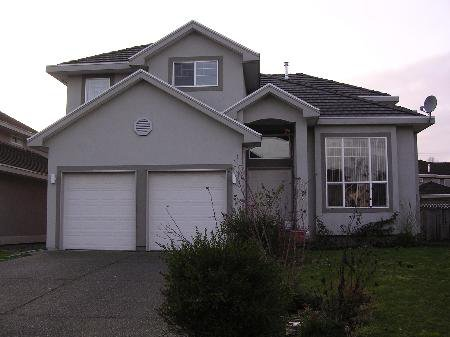 Main Photo: 5891 168A ST in Surrey: House for sale (Cloverdale/Clayton Hills)  : MLS®# F2800306