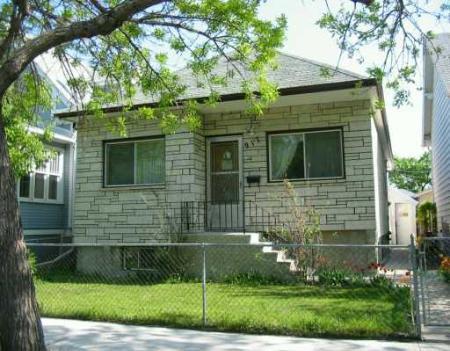 Main Photo: 917 WINNIPEG: Residential for sale (Brooklands)  : MLS®# 2708159