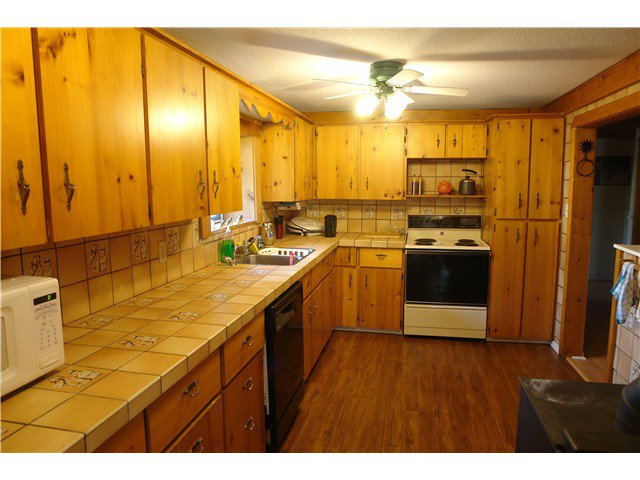 Photo 7: Photos: 6282 ARMSTRONG Road: Forest Grove House for sale (100 Mile House (Zone 10))  : MLS®# N225739