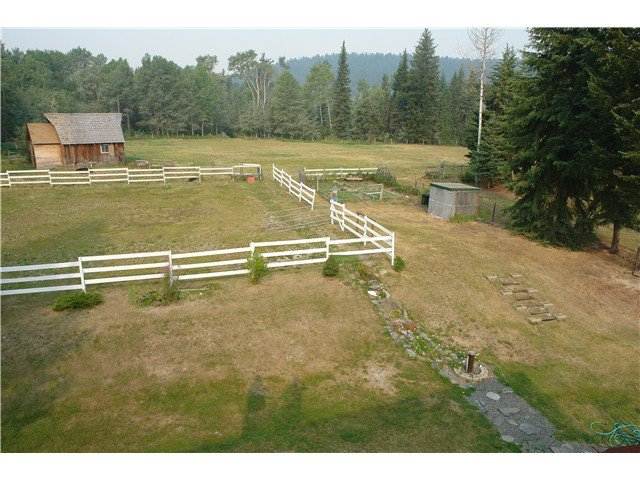 Photo 3: Photos: 6282 ARMSTRONG Road: Forest Grove House for sale (100 Mile House (Zone 10))  : MLS®# N225739