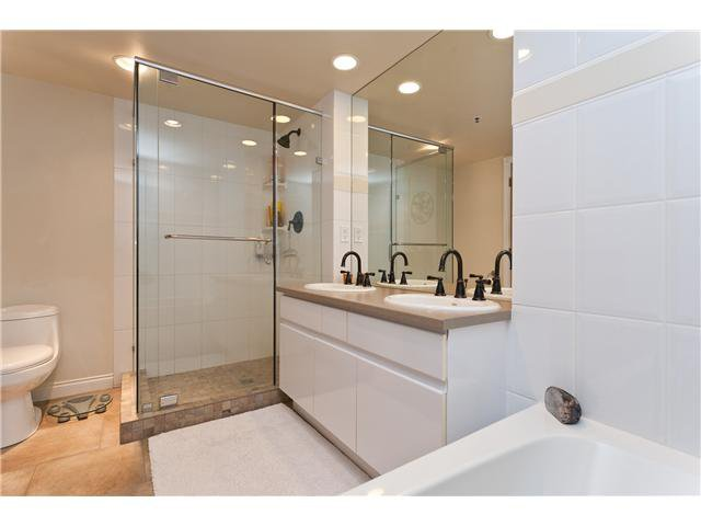 "Photo 9: Photos: # 10D 338 TAYLOR WY in West Vancouver: Park Royal Condo for sale in ""WESTROYAL"" : MLS®# V998601"