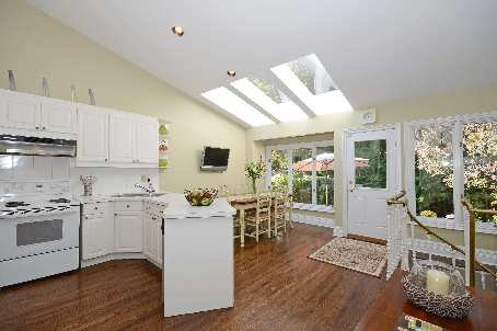 Photo 4: Photos:  in : Bedford Park Freehold for sale (Toronto C04)