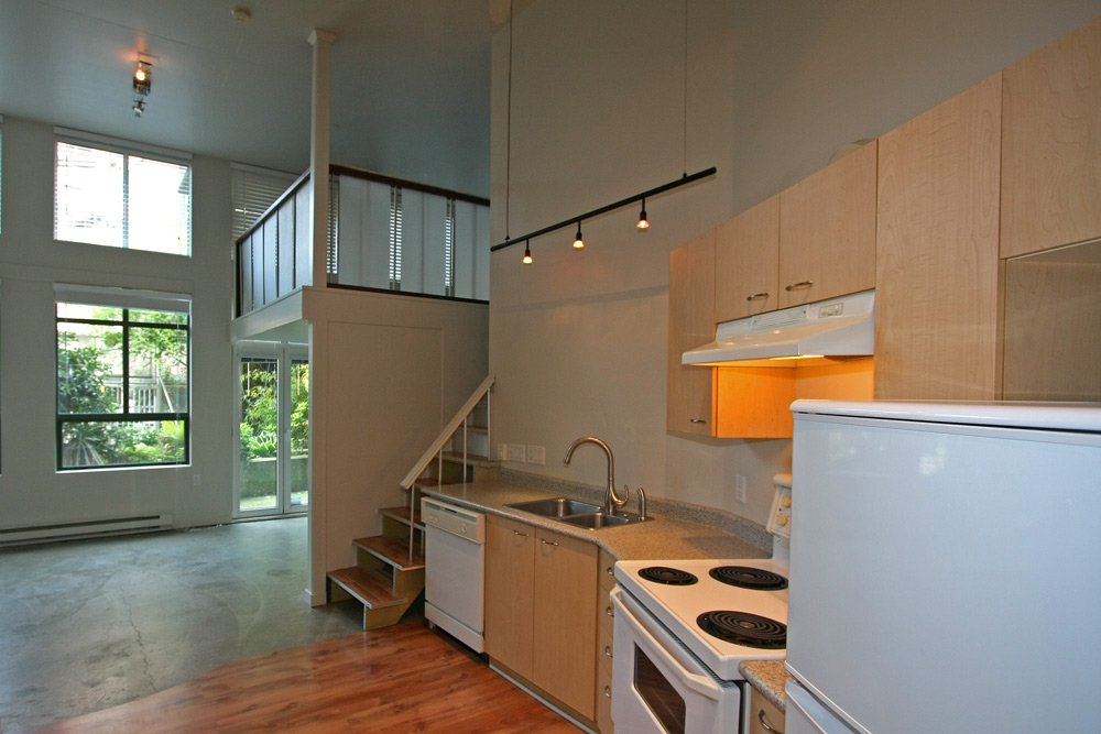 Photo 10: Photos: 109 1 E Cordova Street in Vancouver: Downtown VE Condo for sale (Vancouver East)  : MLS®# V891469
