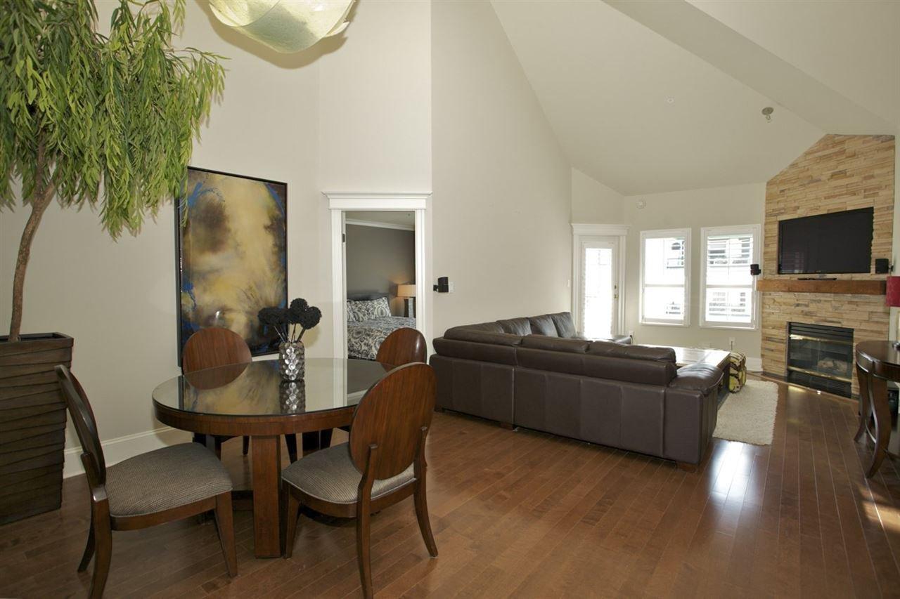 Photo 8: Photos: 405 1575 BEST STREET: White Rock Condo for sale (South Surrey White Rock)  : MLS®# R2032421