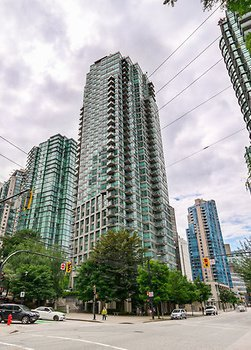 Main Photo:  in Vancouver: Condo for rent : MLS®# AR027