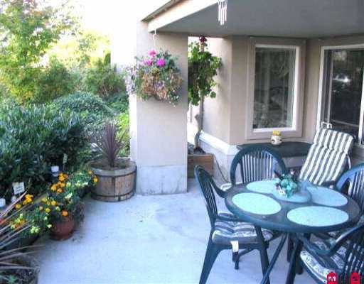 """Photo 8: Photos: 105 15150 29A AV in White Rock: King George Corridor Condo for sale in """"Sands"""" (South Surrey White Rock)  : MLS®# F2520566"""