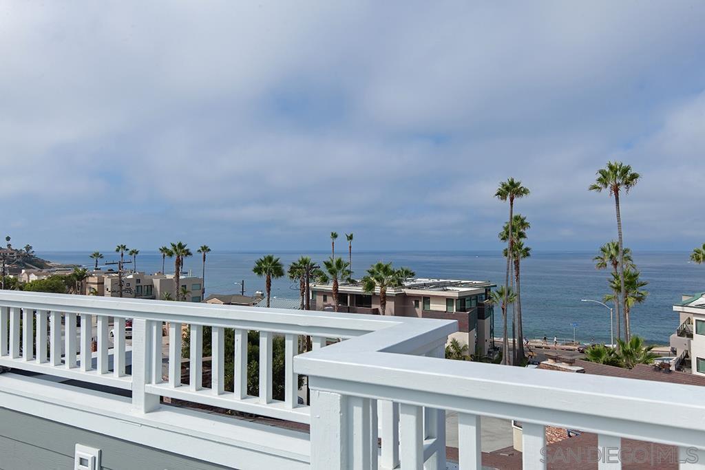 Main Photo: LA JOLLA House for sale : 3 bedrooms : 290 Playa Del Sur