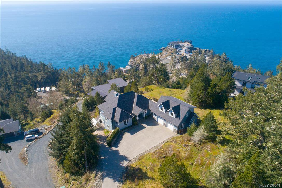 Main Photo: 7450 Thornton Hts in Sooke: Sk Silver Spray House for sale : MLS®# 836511