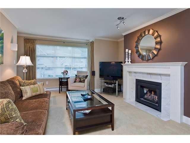 """Photo 2: Photos: 206 3389 CAPILANO Crescent in North Vancouver: Capilano NV Condo for sale in """"Capilano Estates"""" : MLS®# V968829"""