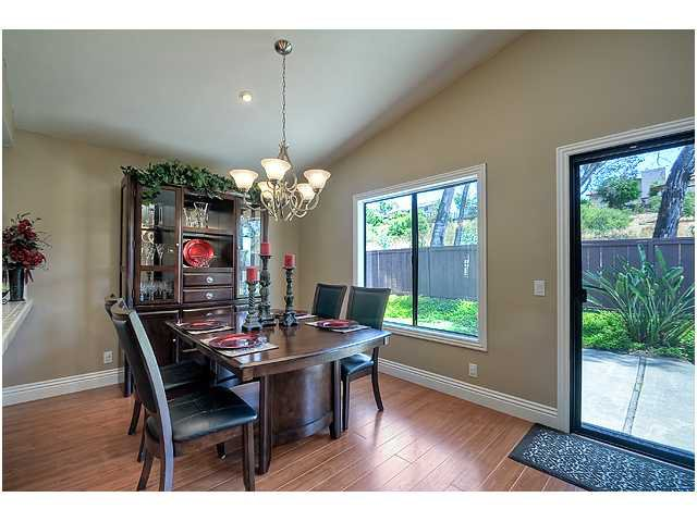Photo 8: Photos: SCRIPPS RANCH House for sale : 3 bedrooms : 10849 Red Fern Circle in San Diego