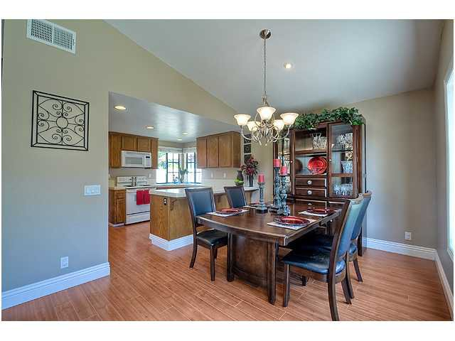 Photo 7: Photos: SCRIPPS RANCH House for sale : 3 bedrooms : 10849 Red Fern Circle in San Diego