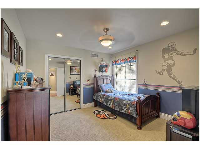 Photo 12: Photos: SCRIPPS RANCH House for sale : 3 bedrooms : 10849 Red Fern Circle in San Diego