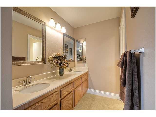 Photo 18: Photos: SCRIPPS RANCH House for sale : 3 bedrooms : 10849 Red Fern Circle in San Diego