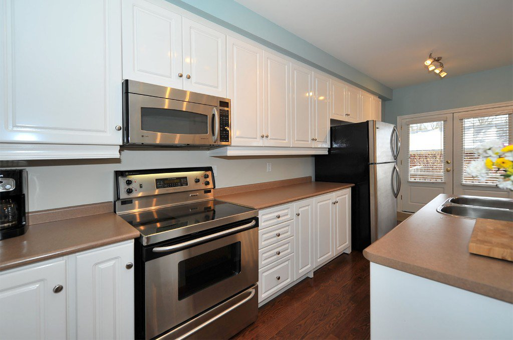 Photo 3: Photos: 25 Bullock Drive in Markham: Old Markham Village Freehold for sale : MLS®# N2795105