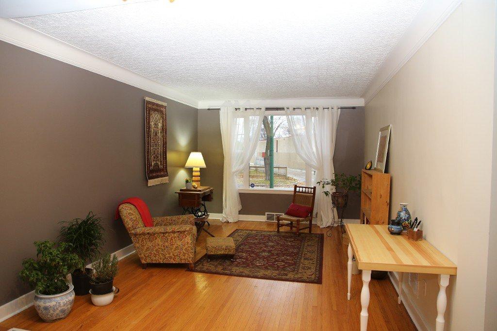 Photo 5: Photos: 283 Evanson Street in Winnipeg: Wolseley Single Family Detached for sale (West Winnipeg)  : MLS®# 1528645