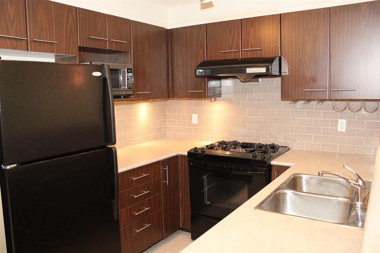 Photo 4: Photos: 1114 5115 GARDEN CITY ROAD in Richmond: Brighouse Condo for sale : MLS®# R2140821