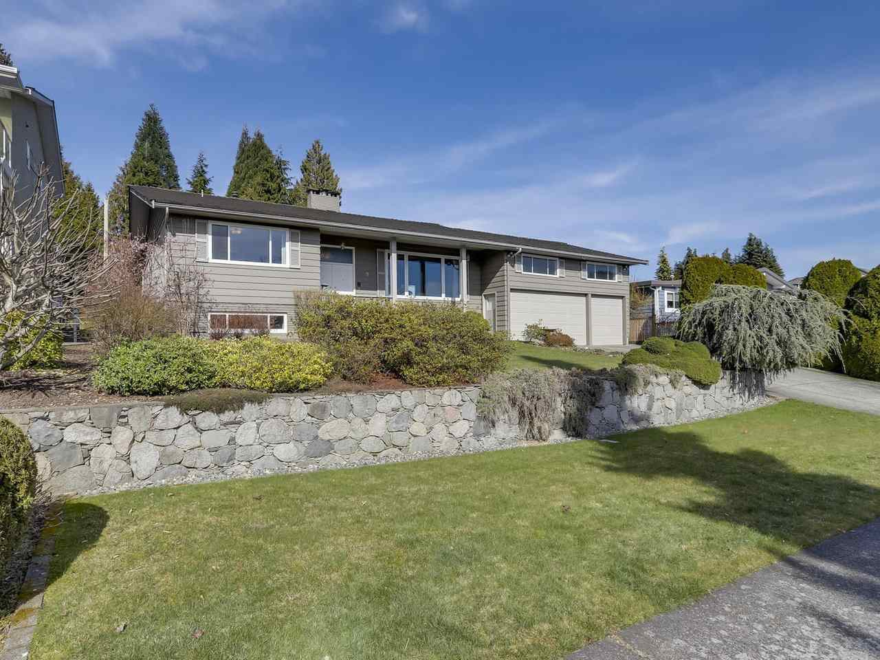 Main Photo: 5495 MORELAND DRIVE in Burnaby: Deer Lake Place House for sale (Burnaby South)  : MLS®# R2247075