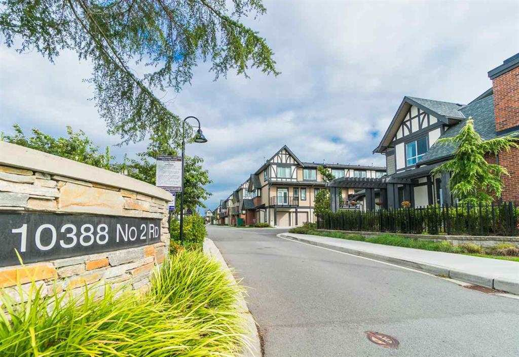 """Main Photo: 38 10388 NO. 2 Road in Richmond: Woodwards Townhouse for sale in """"Kingsley Estates By Polygon"""" : MLS®# R2398507"""