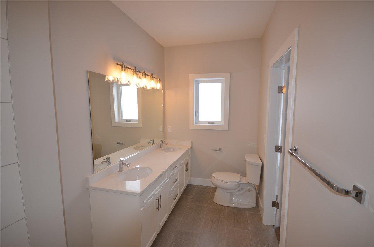Photo 14: Photos: 11103 114 Avenue in Fort St. John: Fort St. John - City NW House for sale (Fort St. John (Zone 60))  : MLS®# R2434464