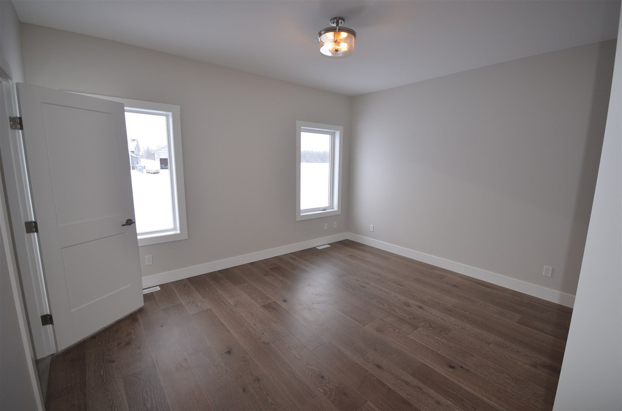 Photo 11: Photos: 11103 114 Avenue in Fort St. John: Fort St. John - City NW House for sale (Fort St. John (Zone 60))  : MLS®# R2434464
