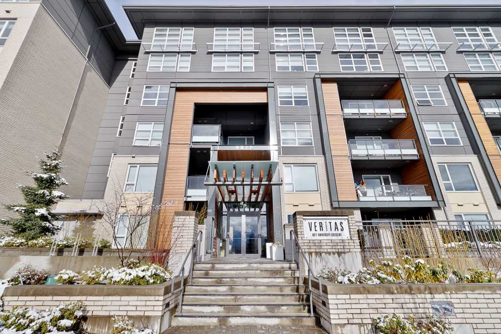"Main Photo: 513 9877 UNIVERSITY Crescent in Burnaby: Simon Fraser Univer. Condo for sale in ""VERITAS"" (Burnaby North)  : MLS®# R2440547"