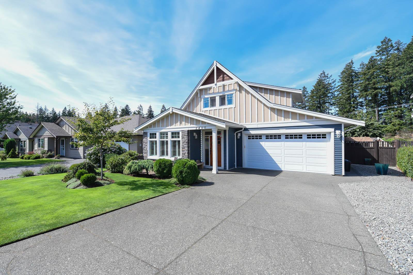 Main Photo: 2460 Avro Arrow Dr in : CV Comox (Town of) House for sale (Comox Valley)  : MLS®# 854271