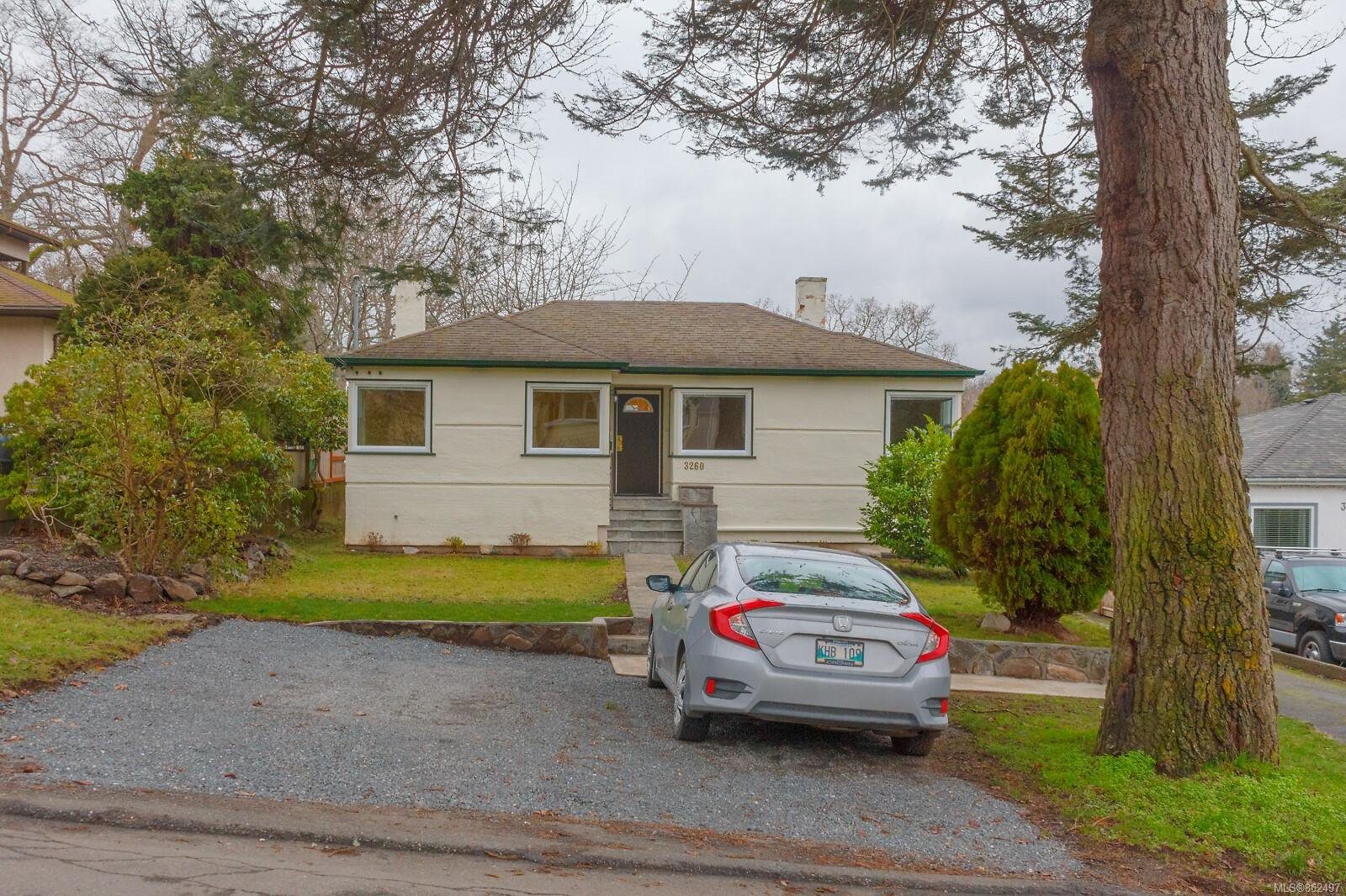 Main Photo: 3260 Bellevue Rd in : SE Maplewood House for sale (Saanich East)  : MLS®# 862497