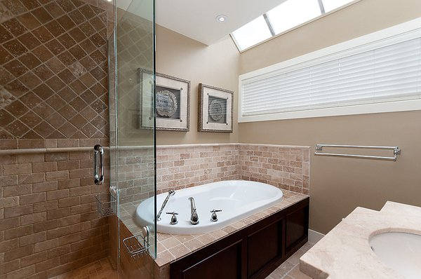 Photo 17: Photos: 3535 W 5TH Avenue in Vancouver: Kitsilano House 1/2 Duplex for sale (Vancouver West)  : MLS®# V968929