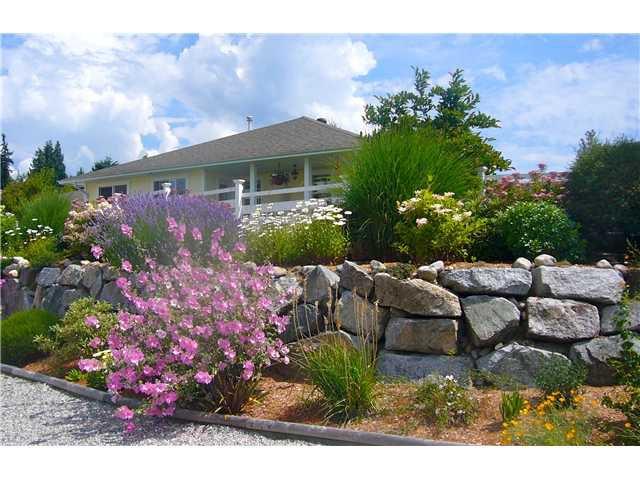 "Main Photo: 4790 TAMARACK Place in Sechelt: Sechelt District House for sale in ""DAVIS BAY"" (Sunshine Coast)  : MLS®# V1073655"