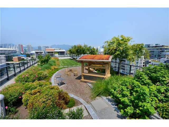 "Photo 17: Photos: 404 123 W 1ST Avenue in Vancouver: False Creek Condo for sale in ""COMPASS AT THE VILLAGE ON FALSE CREEK"" (Vancouver West)  : MLS®# V1075384"