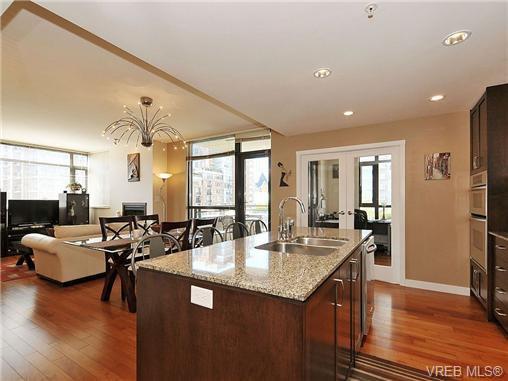Photo 7: Photos: 306 788 Humboldt St in VICTORIA: Vi Downtown Condo for sale (Victoria)  : MLS®# 679390