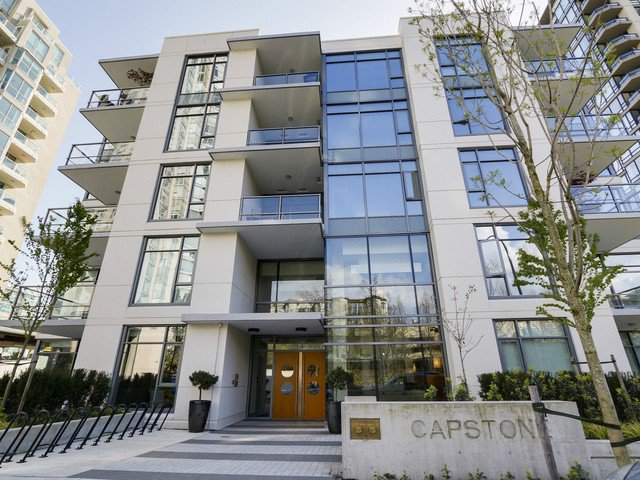 Main Photo: # 109 135 W 2ND ST in North Vancouver: Lower Lonsdale Condo for sale : MLS®# V1114739