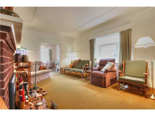 Photo 3: Photos: 3843 W 15TH AVE in VANCOUVER: Point Grey House for sale (Vancouver West)  : MLS®# v1105300