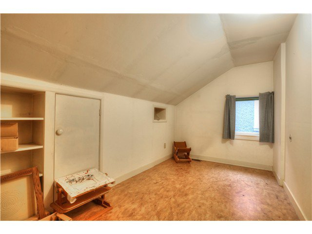 Photo 11: Photos: 3843 W 15TH AVE in VANCOUVER: Point Grey House for sale (Vancouver West)  : MLS®# v1105300