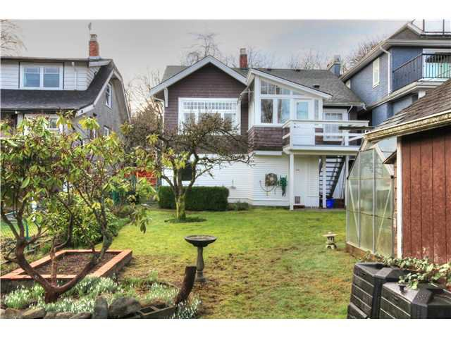 Photo 15: Photos: 3843 W 15TH AVE in VANCOUVER: Point Grey House for sale (Vancouver West)  : MLS®# v1105300